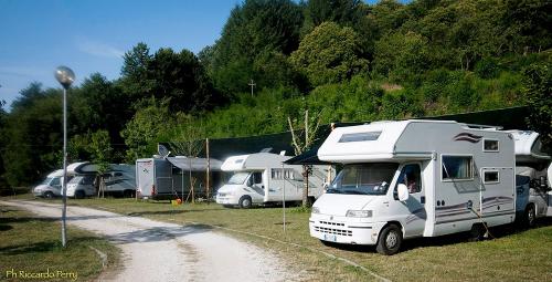 area-camper-camping-lago-apuane