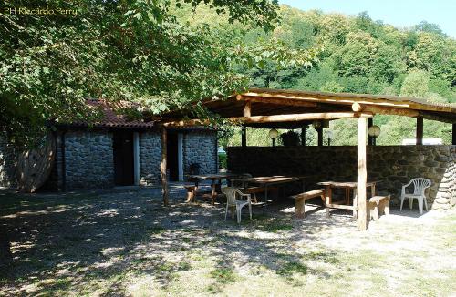 gazebo-camping-lago-apuane