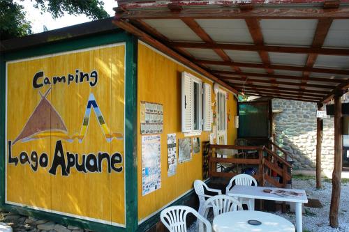 ingresso-camping-lago-apuane