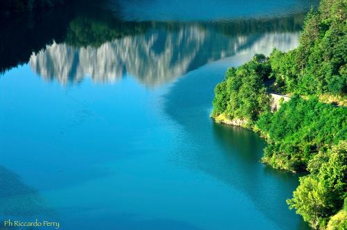 lago-blu-camping-lago-apuane